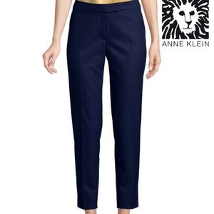Like New Anne Klein Navy Slim Ankle Pant Size 6